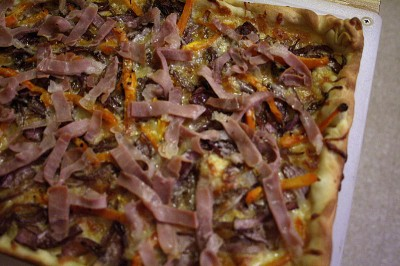 Mozzarella and Prosciutto Pizza with Balsamic Onions