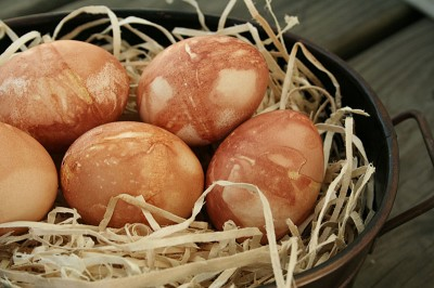 Closer shot of onion skin-dyed eggs